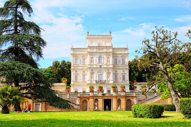 Il-Casino-del-Bel-Respiro-a-Villa-Pamphilj